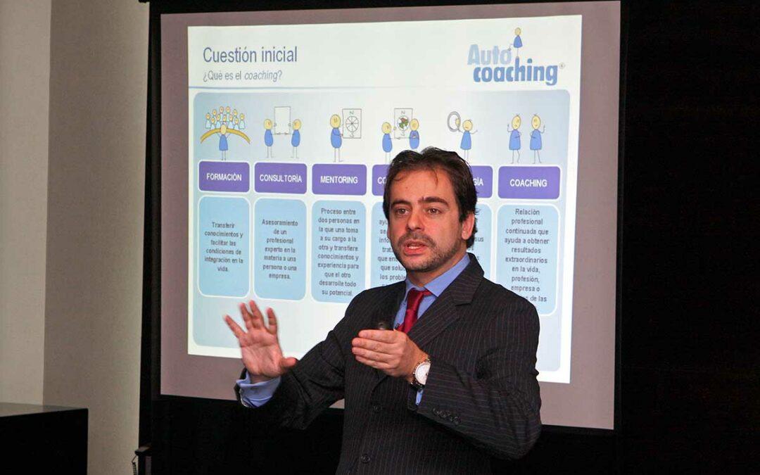 Conferencia de Pedro Amador