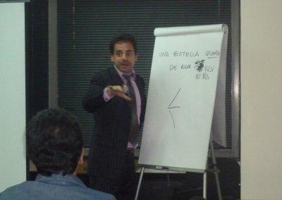 Conferenciante Pedro Amador