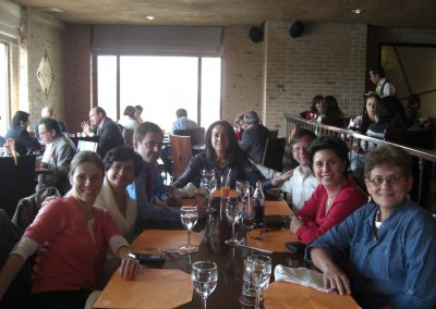 Comida con los compañeros de ICF Colombia